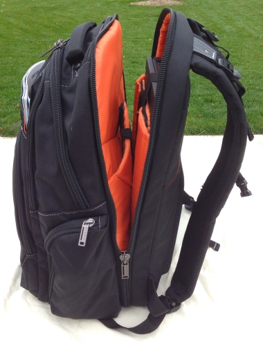 Travel-Backpack-Laptop-Compartment-Backpakc-Fam